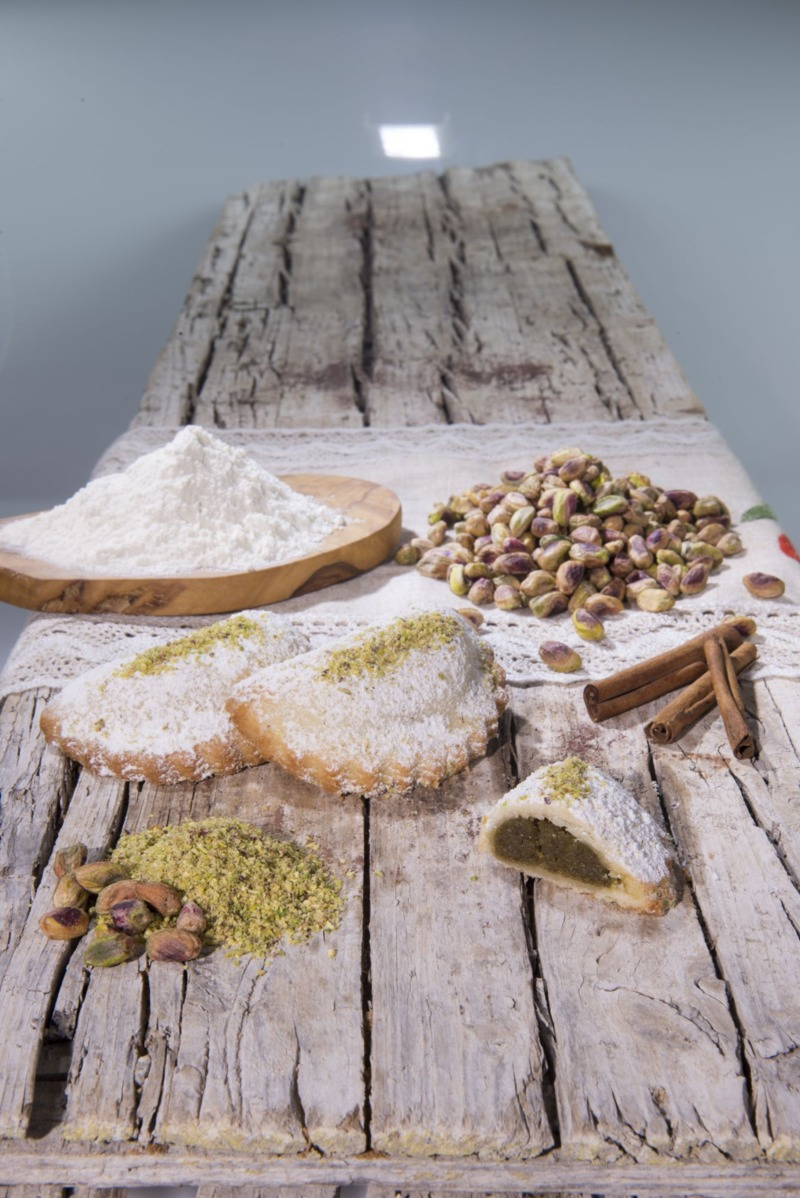 cassatella-al-pistacchio-10-pz