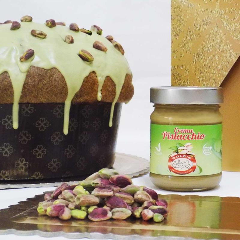 panettone-artigianale-al-pistacchio-da-1-kg-crema-di-pistacchio-da-200-ml